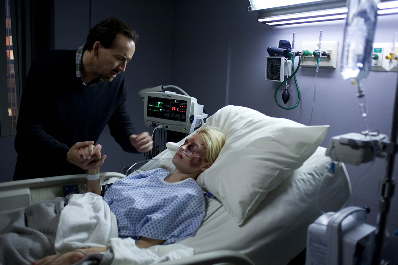Foto Nicolas Cage y January Jones en El pacto 2