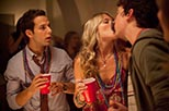 Foto Skylar Astin y Sarah Wright en 21 and Over