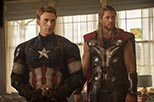 Foto Chris Hemsworth y Chris Evans en Los Vengadores 2: Era de Ultron 2