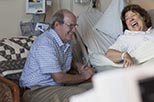 Foto Margo Martindale y Richard Jenkins en Los Hollar